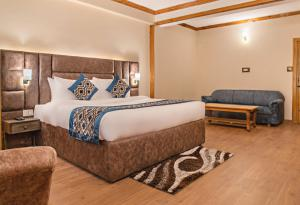 executive-family-suite-in-solang-valley